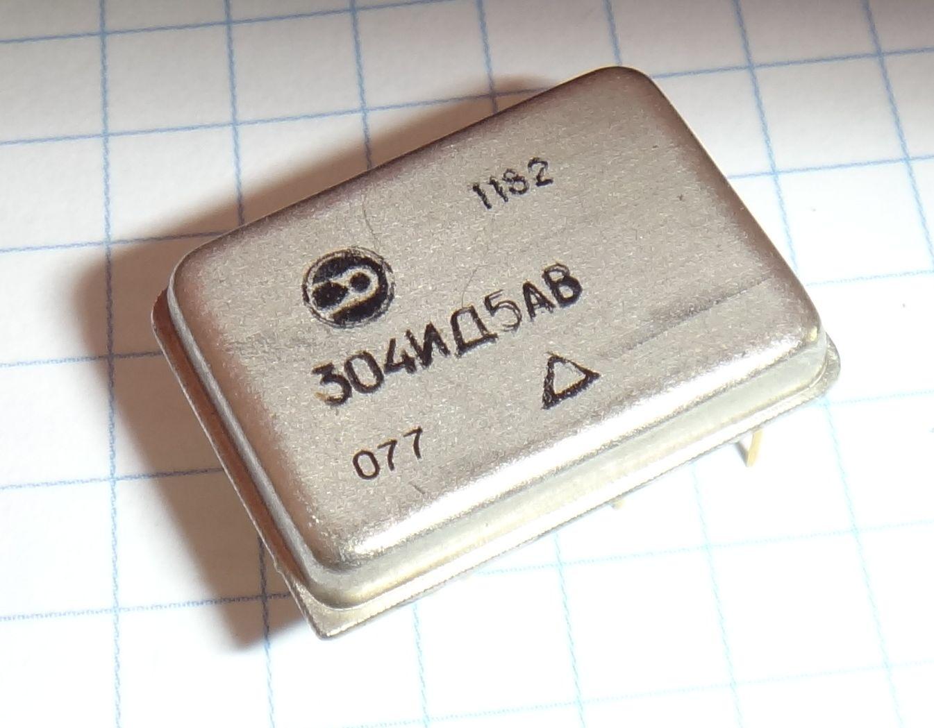 микросхема 304ИД5А