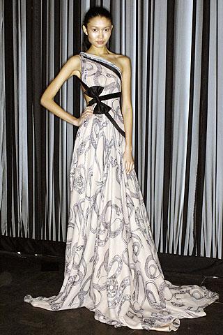 Гардероб наших леді в колекціях fashion дизайнерів - Страница 4 35f91d60aee61c2557b7ac16804b044a