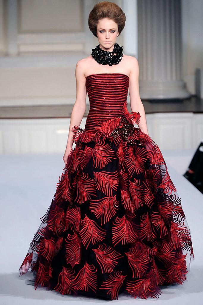 Гардероб наших леді в колекціях fashion дизайнерів - Страница 4 A64b0995415d9aa823460faf4b5fe9d5